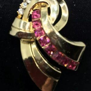 RETRO AMAZING 1940s Art Deco CORO Brooch Pin